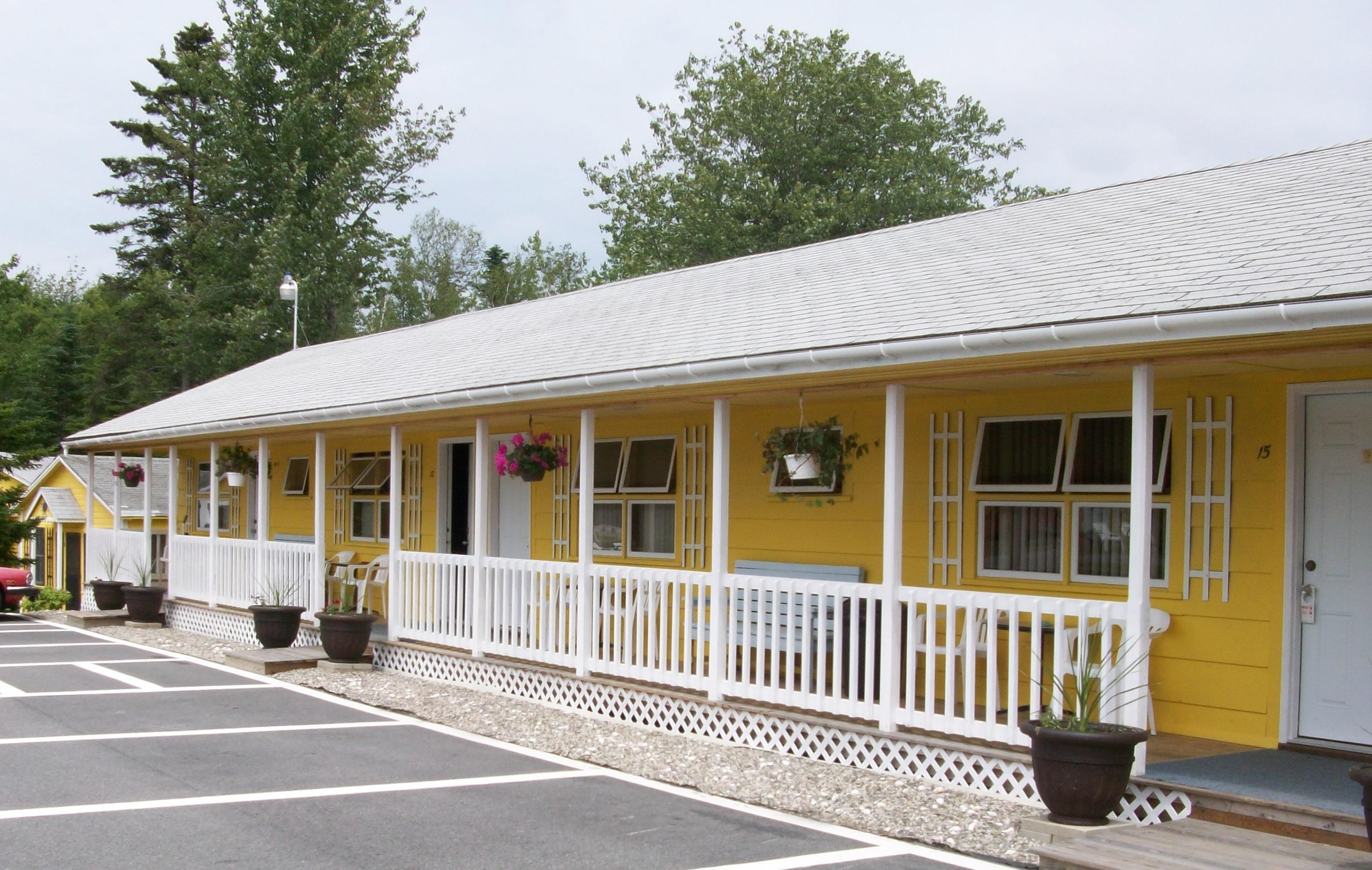 Motel reservations acadia sunnyside cottages motel bar for Reservation motel